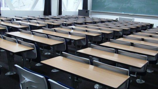 Comment gérer une classe bruyante au lycée?